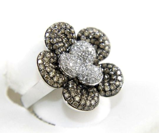 Other Round Fancy Color Diamond Flower Shape Cluster Ring 18k WG 2.62Ct Image 1