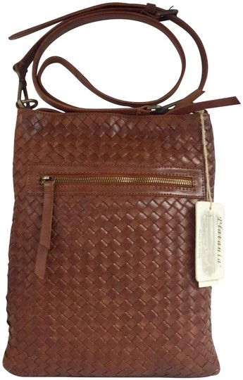 Preload https://img-static.tradesy.com/item/24600232/new-made-in-italy-woven-fashion-brown-genuine-leather-cross-body-bag-0-3-540-540.jpg