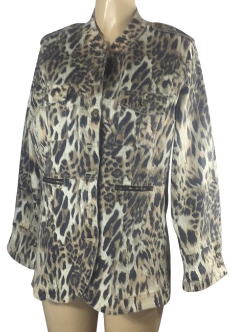 Preload https://img-static.tradesy.com/item/24600303/leopard-like-new-condition-print-jacket-size-14-l-0-1-650-650.jpg