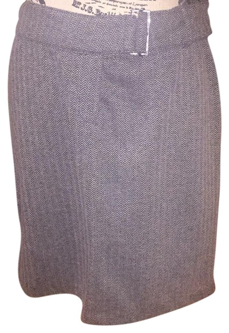 Express Grey 7/8 Tweed 60s Style Belted Skirt Size 8 (M, 29, 30) Express Grey 7/8 Tweed 60s Style Belted Skirt Size 8 (M, 29, 30) Image 1