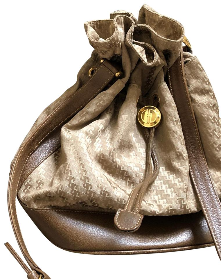 902452bfe9ca Gucci Vintage Bucket Taupe Leather and Canvas Shoulder Bag - Tradesy