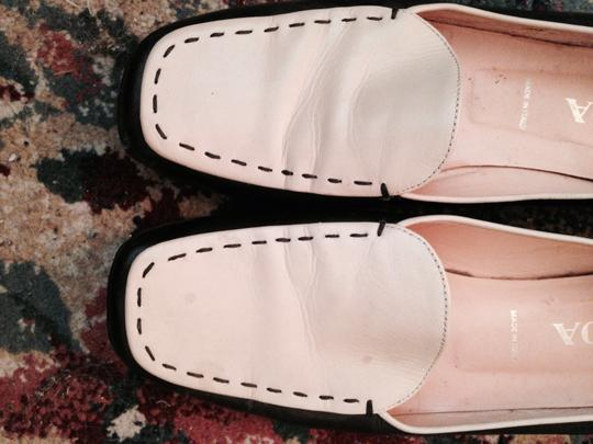 Prada Leather Designer Two Tone Comfortable Casual Rubber Soles Barely Used Chic Stylish Fun Detailed Vintage black white Flats Image 2