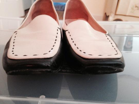 Prada Leather Designer Two Tone Comfortable Casual Rubber Soles Barely Used Chic Stylish Fun Detailed Vintage black white Flats Image 5