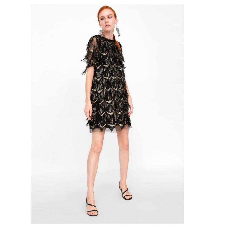 4238ecb7 Black And Gold Short Sleeve Sequin Dress