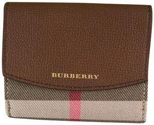 Burberry House Check Derby Luna Wallet