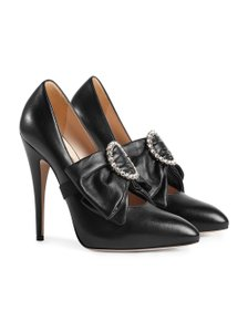 06513ea2916f Women s Gucci Shoes - Up to 90% off at Tradesy