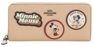 Coach COACH Boxed Minnie Mouse Slim Accordion Zip Wallet With Motif ©Disney