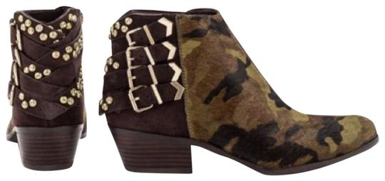 Preload https://img-static.tradesy.com/item/24602784/sam-edelman-camouflage-and-brown-penrose-bootsbooties-size-us-6-regular-m-b-0-1-540-540.jpg