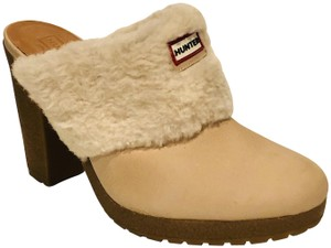 Hunter Bruson Shearling Buffed Leather Heels Cream Beige Mules