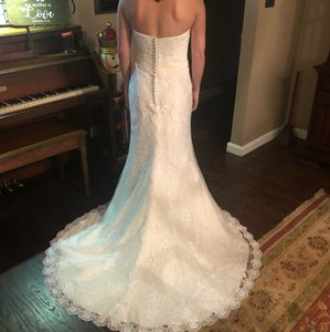 Mori Lee White Lace With Detachable Train Traditional Wedding Dress Size 2 (XS)