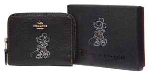 Coach Coach Boxed Minnie Mouse Small Zip Around Wallet With Motif