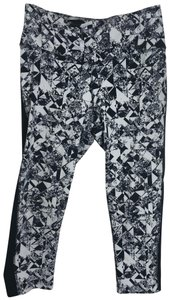 Nike Dri Fit Legendary Jewels Capris