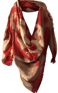 452060a2c96dd Women s Scarves   Wraps - Up to 70% off at Tradesy