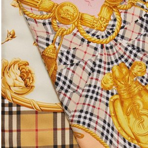 Burberry AUTHENTIC NEW Burberry Roses Silk Scarf