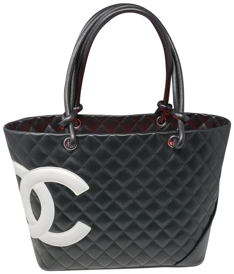 Preload https://img-static.tradesy.com/item/24605713/chanel-cambon-white-calfskin-quilted-leather-ligne-black-tote-0-2-540-540.jpg