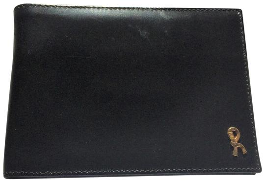 Preload https://img-static.tradesy.com/item/24606615/roberta-di-camerino-black-leather-bifold-gold-trim-new-without-tags-wallet-0-1-540-540.jpg