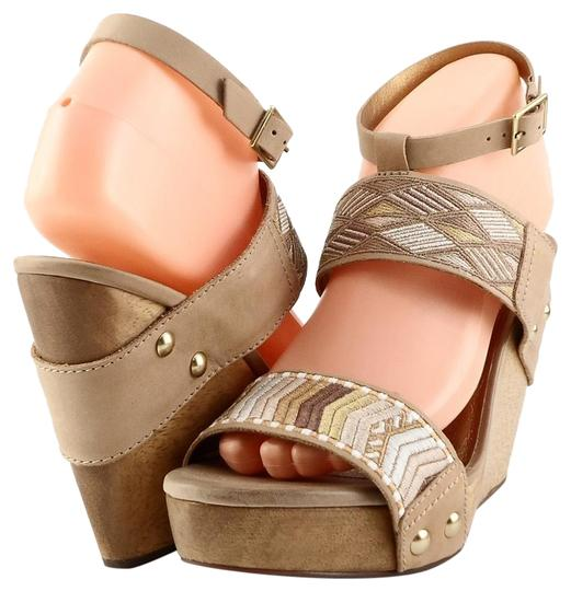 Preload https://img-static.tradesy.com/item/24606940/twelfth-st-by-cynthia-vincent-nude-jonah-leather-sandals-wedges-size-us-9-regular-m-b-0-1-540-540.jpg