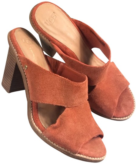 Preload https://img-static.tradesy.com/item/24606948/ugg-australia-orange-sandals-size-us-7-regular-m-b-0-1-540-540.jpg