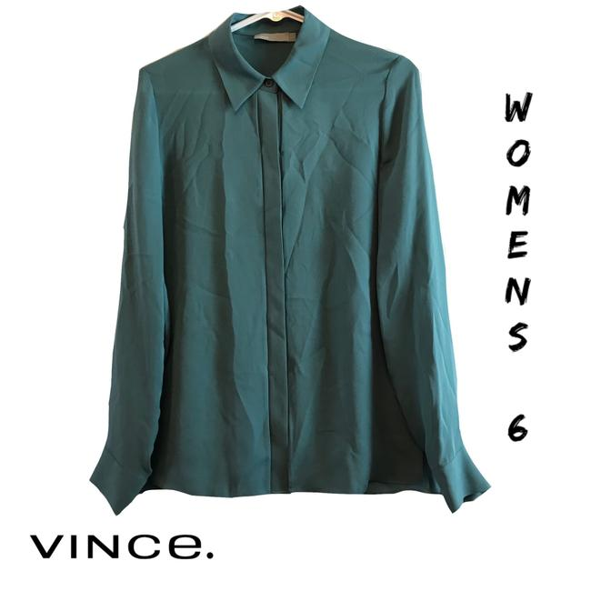 Preload https://img-static.tradesy.com/item/24607016/vince-collared-button-down-top-size-6-s-0-0-650-650.jpg