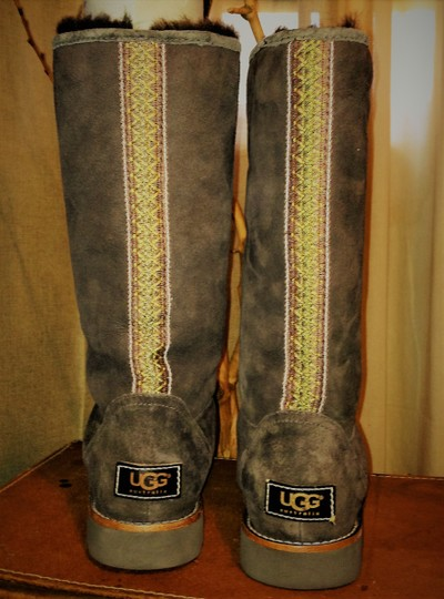 Ugg Elissa Shearling Suede Braided Brown Boots Image 4
