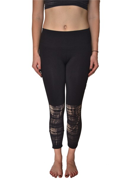 Preload https://img-static.tradesy.com/item/24607630/free-people-black-combo-washed-barely-there-activewear-bottoms-size-10-m-31-0-0-650-650.jpg