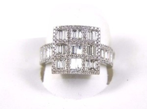 Other Emerald & Round Diamond Cluster Square Ring 18k White Gold 1.80Ct
