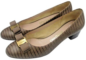 f8f906e60cc5 Women's Beige Salvatore Ferragamo Shoes - Up to 90% off at Tradesy