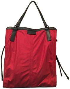 515d3a92650d Burberry Buckleigh Military Red Nylon Tote - Tradesy
