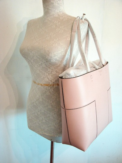 Tory Burch Tote in SHELL PINK Image 6