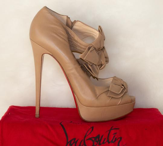 323f1a1ecf8 Christian Louboutin Beige Madame Butterfly Leather Pumps Platforms Size EU  39 (Approx. US 9) Regular (M, B) 67% off retail