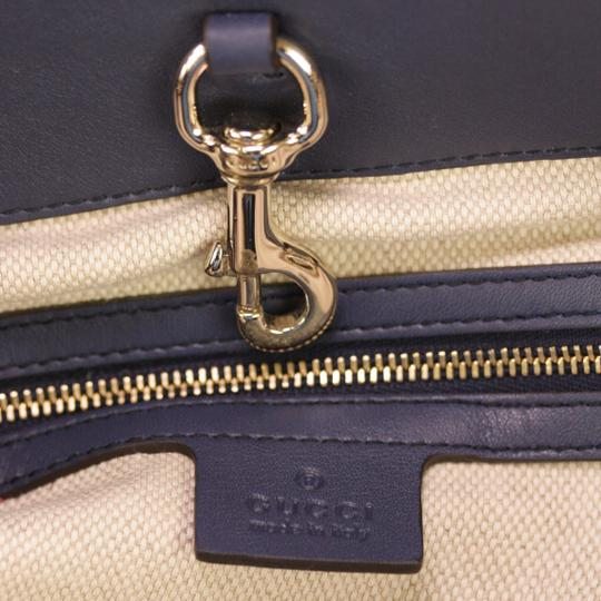 Gucci Cross Body Patent Leather Shoulder Bag Image 9