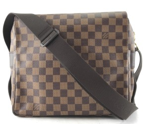 39a07419258 Louis Vuitton Messenger   Book Bags - up to 70% off at Tradesy
