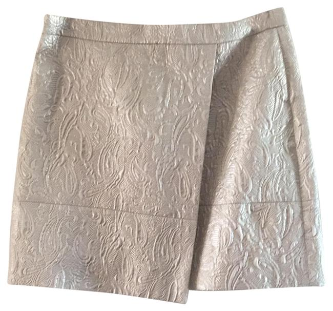 Preload https://img-static.tradesy.com/item/24608629/jcrew-silver-b4754-skirt-size-4-s-27-0-1-650-650.jpg