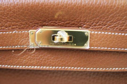 Hermès Kelly Classic Style Satchel in Gold Image 3