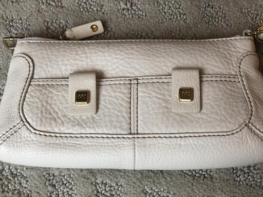 Michael Kors Wristlet in ivory Image 3