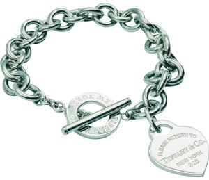 Tiffany & Co. New Style Please Rerurn to Heart charm toggle bracelet