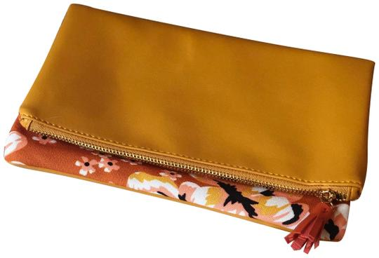 Preload https://img-static.tradesy.com/item/24609013/rachel-pally-reversible-foldover-yellow-and-pink-canvas-clutch-0-1-540-540.jpg