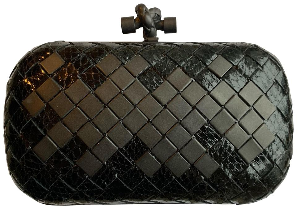 ff2aba48d9 Bottega Veneta Knot Black Ayers Snakeskin Leather Clutch - Tradesy