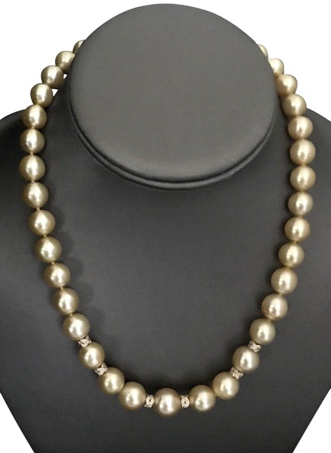 Item - Yellow Gold Diamond South Sea Pearl 18k Certified 817028 Necklace