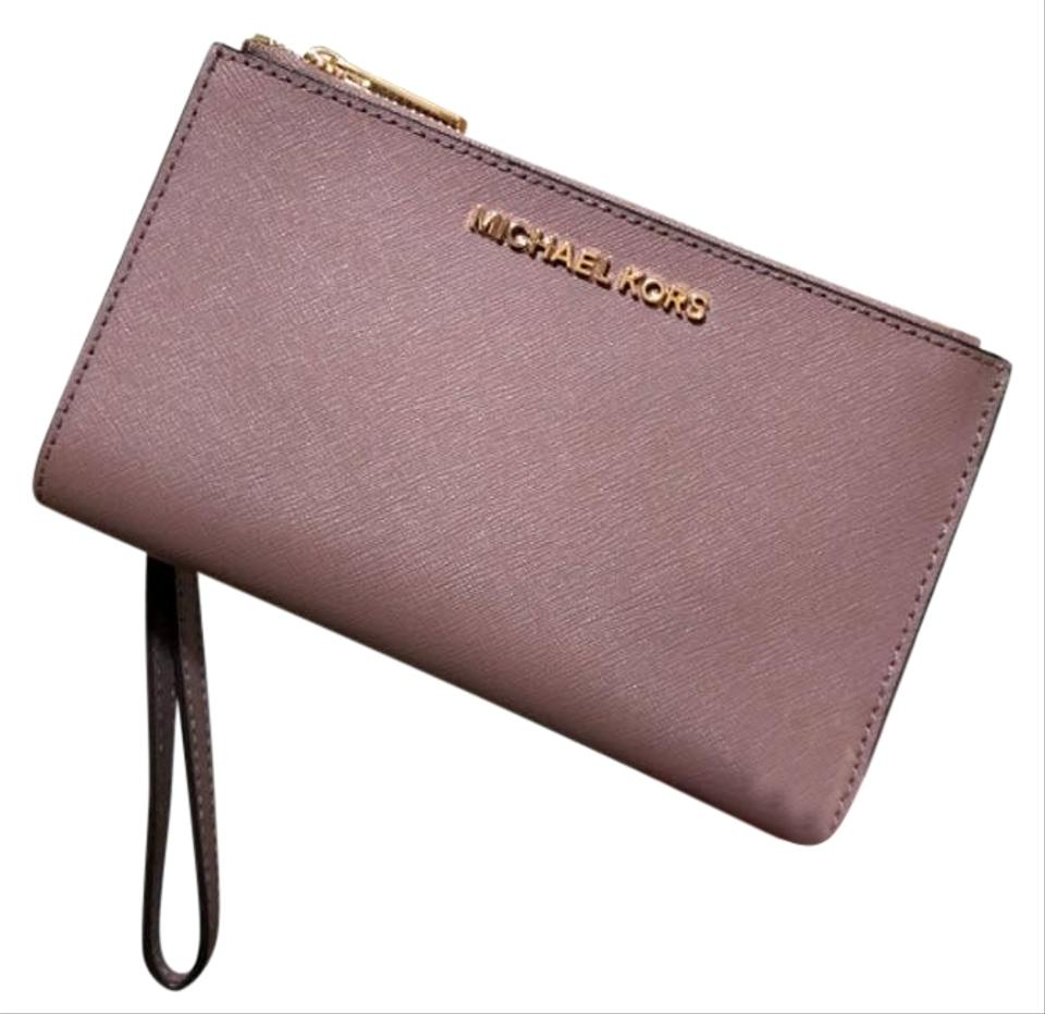 c048eeb22740 Michael Kors Multicolor Dusty Rose Jet Set Travel Double Zip Leather Phone  Wristlet Wallet