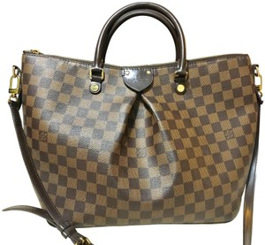 Louis Vuitton on Sale - Up to 70% off at Tradesy (Page 35) 4f623b56f1d26