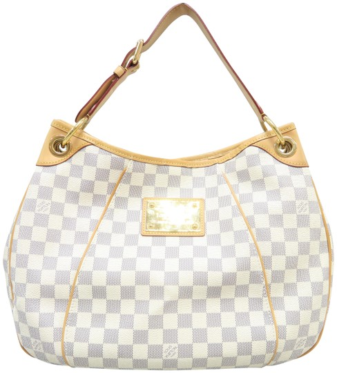 Preload https://img-static.tradesy.com/item/24611176/louis-vuitton-galliera-damier-azur-pm-white-canvas-hobo-bag-0-2-540-540.jpg