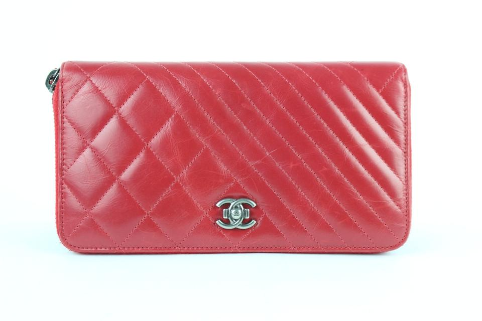 2b4ccaad1e86 Chanel Zippy Zip Around Zippered Zippie L-gusset Red Clutch Image 0 ...