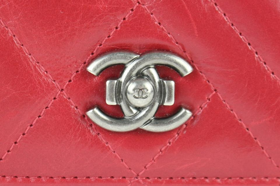 cee4581e3bdf Chanel Zippy Zip Around Zippered Zippie L-gusset Red Clutch Image 11.  123456789101112