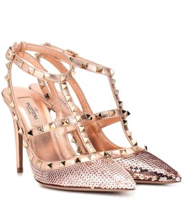 Valentino Studded Rockstud Chanel Rose Pumps