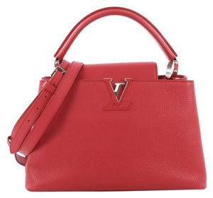 Louis Vuitton Capucines Leather Satchel in Red