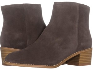 7cbdbb7d2049f Women s Grey Clarks Shoes - Up to 90% off at Tradesy