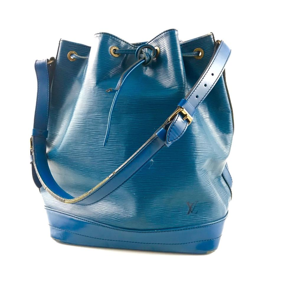594f52585e8a Louis Vuitton Vintage Noe Epi Coated Leather Shoulder Blue Hobo Bag ...
