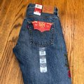 Levi's Blue Red Distressed 501 Tapered Button Fly Capri/Cropped Jeans Size 0 (XS, 25) Levi's Blue Red Distressed 501 Tapered Button Fly Capri/Cropped Jeans Size 0 (XS, 25) Image 5