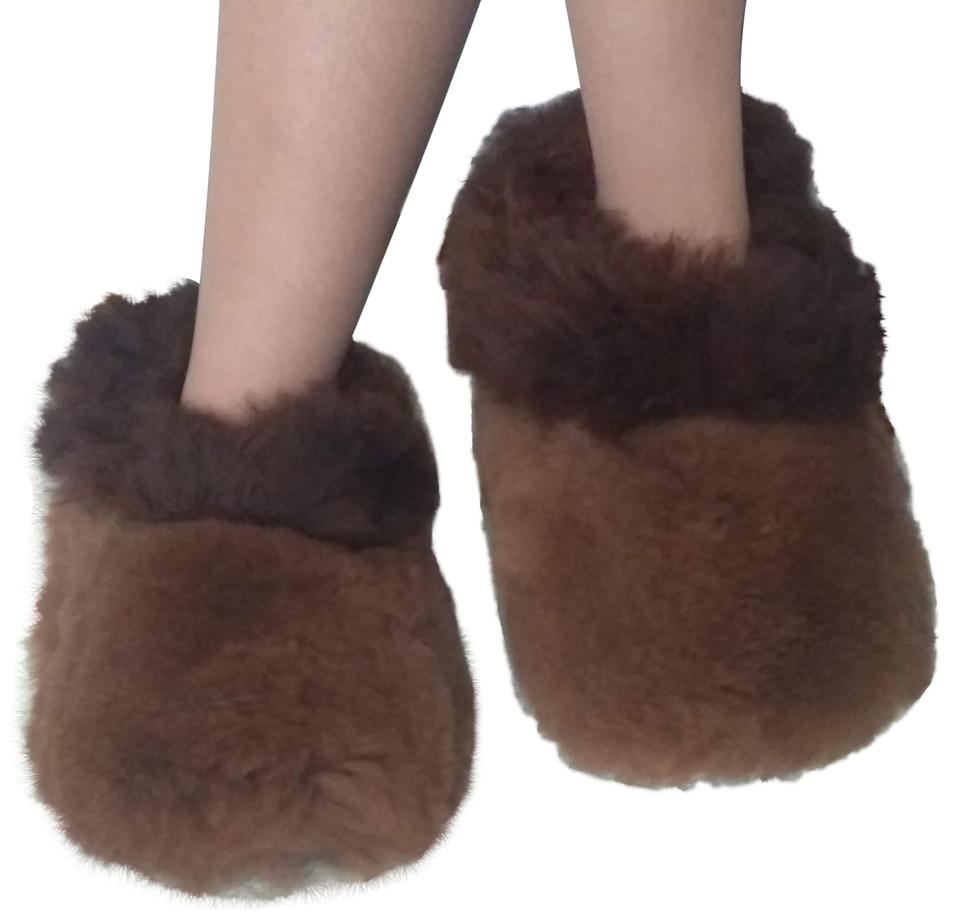 34d63c4cb5ed Dark Brown Alpaca Fur Slippers Flats Size US 8 Regular (M